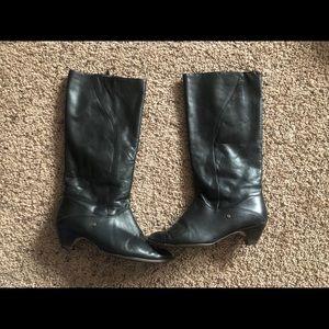 VINTAGE Leather black Boot women's Sz 7.5 M GUC